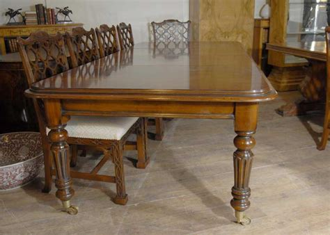 9 ft mahogany dining table
