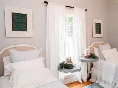 magnolia house bed breakfast fixer upper renovation and holiday decor at magnolia