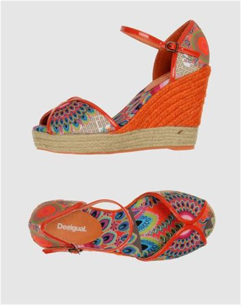 Sandal Unik Sandal Bohemian Terlaris 4 95 best images about bohemian shoes on beaded sandals fringes and summer sandals