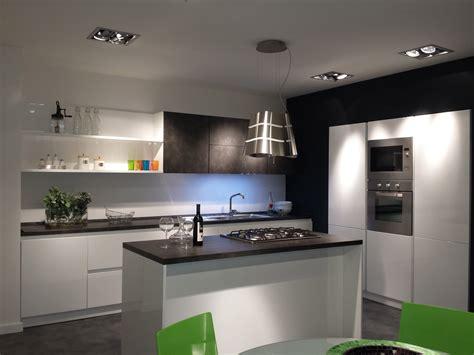 credenze classiche prezzi cucina a isola prezzi home design ideas home design ideas