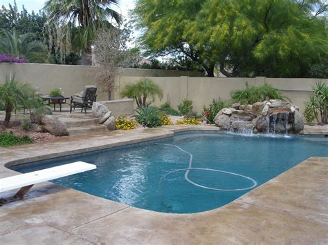 4 Cheap Ideas For Pool Patio