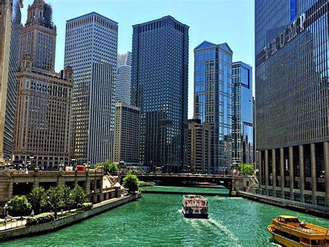 boat rides around chicago theresa s mixed nuts playing tourist around chicago