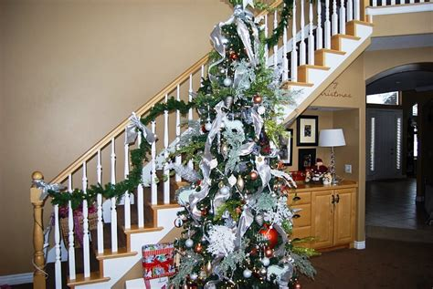 stairs decorations 23 gorgeous christmas staircase decorating ideas