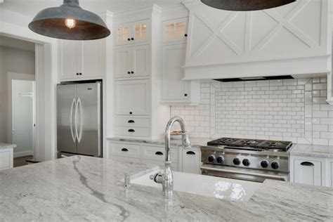 High End Kitchen Cabinet Hardware Super White Granite Counters