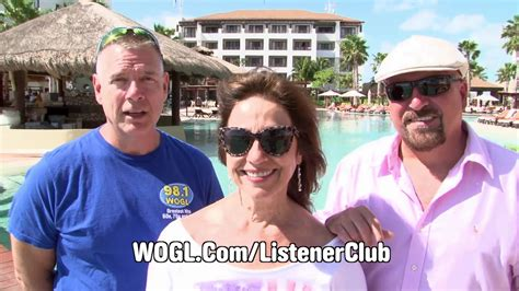 Wogl Vacation A Day Giveaway - wogl s christmas tree giveaway 171 98 1 wogl