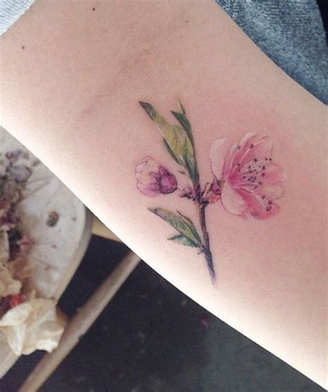 small flower tattoos pinterest 1000 ideas about small flower tattoos on