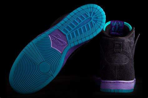 Guess Charlote Sb For nike sb dunk high quot grape quot releasing in may sneakernews