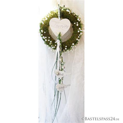 Stuhldeko Hochzeit by Hochzeit Kirchenschmuck Stuhldeko F 252 R Brautpaar Mit
