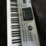 elado szintetizator zeneszboerze