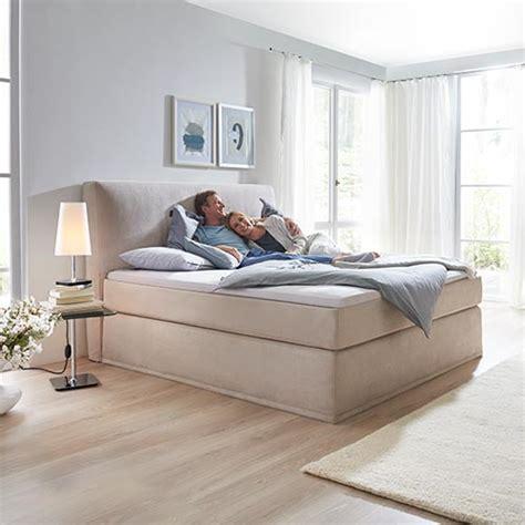 Schlafzimmer Höffner by De Pumpink Home Design Ideas Buch