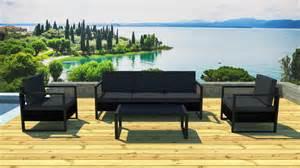 table basse salon de jardin