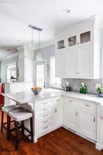 Pictures White Kitchen Cabinets by Best 25 White Kitchen Cabinets Ideas On Pinterest White