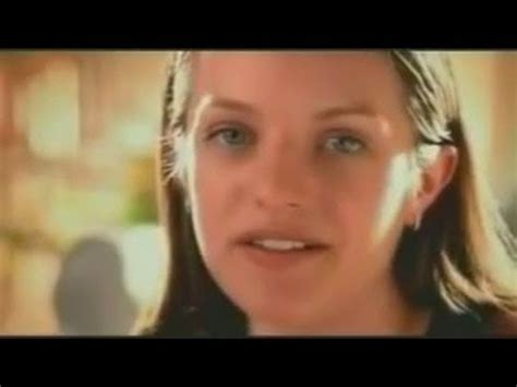 Woman On The Excederine Comercial | elisabeth moss excedrin commercial youtube