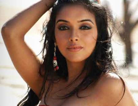 actress name of ghajini movie goalpostlk tamil actress asin hd new wallpapers