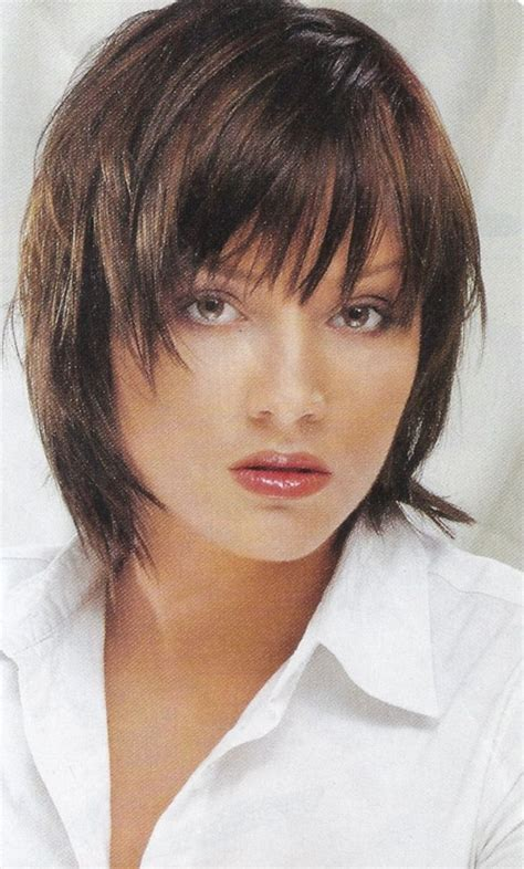 latest layered shaggy hairstyles pictures medium length shaggy haircuts cute medium length sassy