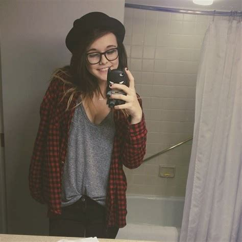 acacia brindly style acacia brinley don t like her that much but i like her