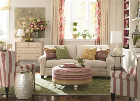 bassett hudson sofa bassett cu 2 3850 62u upholstered stationary sofa hudson