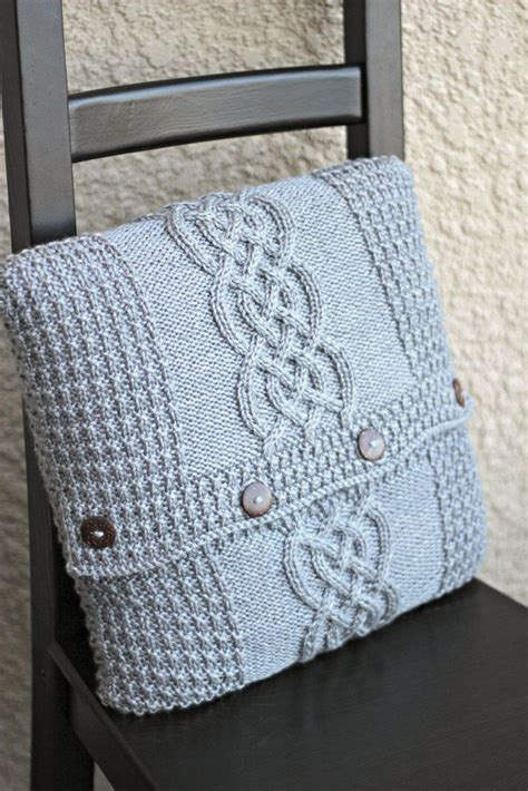 stricken decken 25 best ideas about knitted pillows on