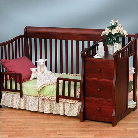 sorelle berkley 4 in 1 crib and changer sorelle tuscany 4 in 1 convertible crib and changer combo