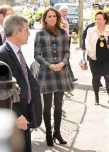 celebrity dirty laundry the royals kate middleton fears royals working her too hard putting