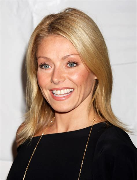 ripa hair style kelly ripa medium length hairstyle kelly ripa hair zimbio