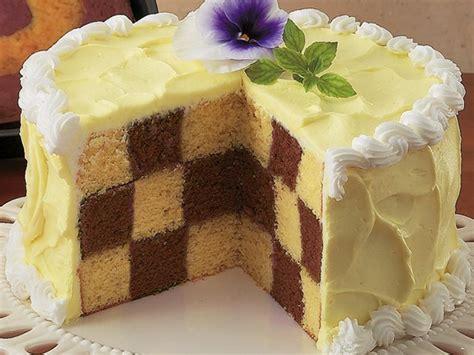 checkerboard cake recipe chocolate checkerboard cake recipe from betty crocker