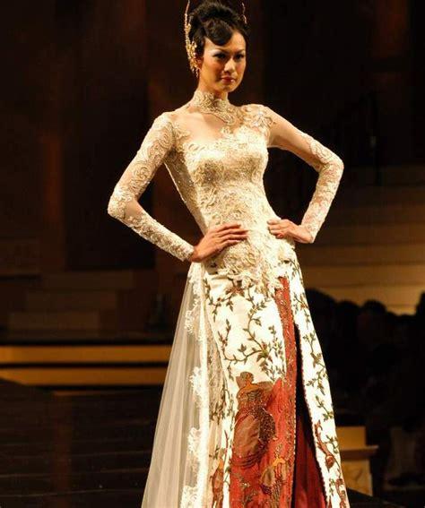 Wedding Kebaya by Singapore Weddings Bridal Style Tips And Ideas Kebaya