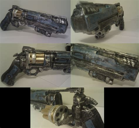 Papercraft Revolver - borderlands revolver papercraft weasyl