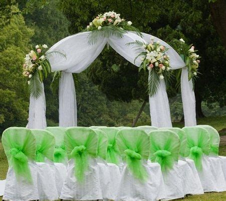 simple ways to decorate wedding arch   tulle arch an arch