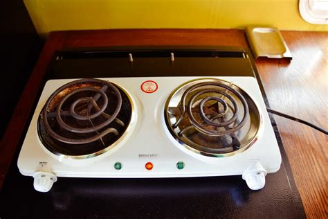 induction versus electric cooktop why induction cooktops are better than electric live small ride free sustainable solar
