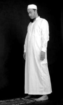 Aneka Masalah Hkm Islam aneka ilmu tuhan mengurai masalah dalam sholat kewajiban dan tata cara berdiri