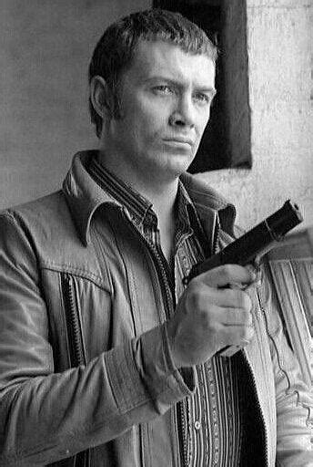 """#190.....""""LEWIS COLLINS"""" - BODIE 3.7 . you'll never walk"""