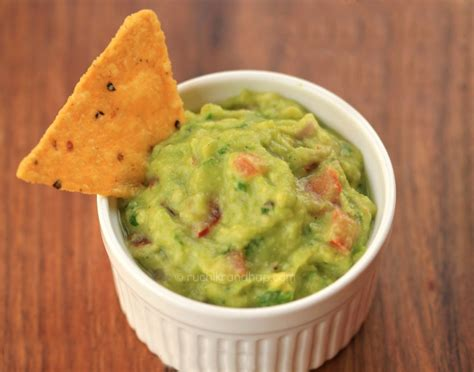 best guacamole recipe in the world mexican guacamole by foodie