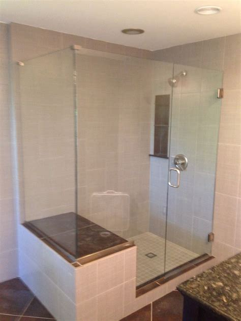 Glass Shower Door Coating Frameless Door Notched Panel With A Return Panel Clear Glass With Shower Guard Glass Coating