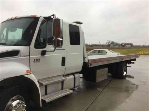 Extended Sleeper Cab by International 4300 2005 Flatbeds Rollbacks