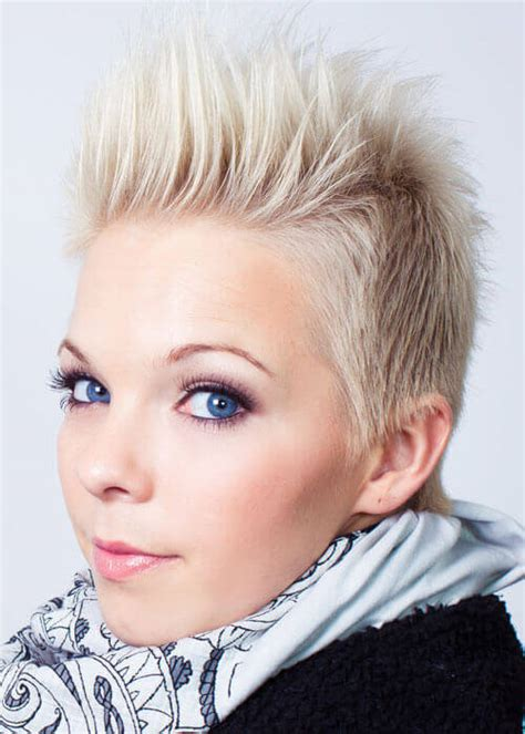 teen spiked hairstyles for girls 20 fun spunky short blonde hairstyle ideas