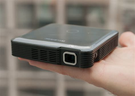 Proyektor Mini Philips Brookstone Hdmi Pocket Projector Review Cnet