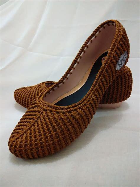sepatu slipper 1100 best images about crochet shoes socks sandals on