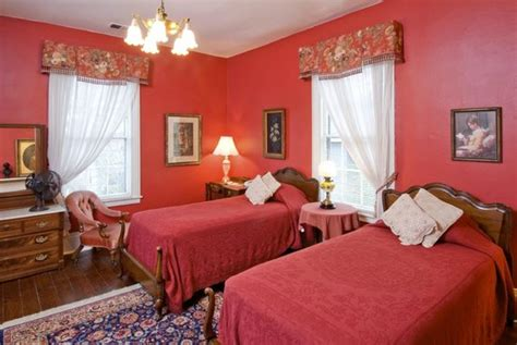 raleigh bed and breakfast oakwood inn bed and breakfast raleigh nc omd 246 men och