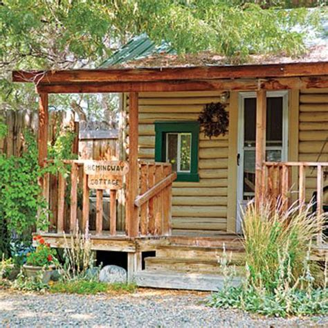 Small Wood Cabin by 22 Beautiful Wood Cabins And Small House Designs For Diy