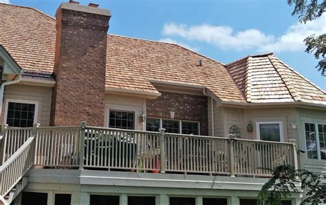 roofing wood river il cedar shake roofing chicago wood shingle roof