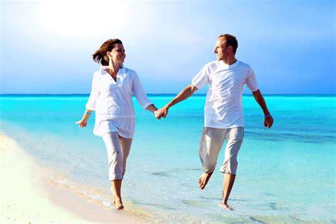imagenes felices de parejas claves para tener una pareja feliz