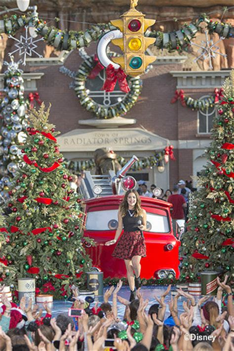 tips for attending taping of disney parks christmas