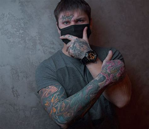 best tattoos for men in hand tattoos for best ideas
