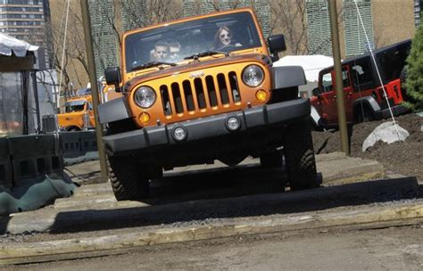 jeep wrangler ride comfort 2 jeep models place last in magazine road test the blade