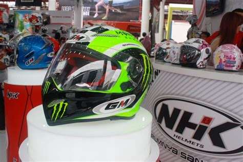 Helm Nhk Biasa helm gm drag bike carbon dan composite carbon kevlar gilamotor