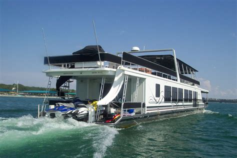 rent house boat places to stay finger lakes waterfront accommodations