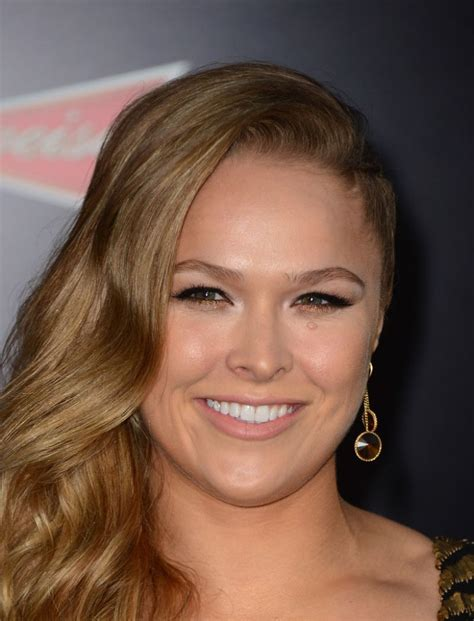 ronda rousey hairstyles ronda rousey the expendables 3 premiere in hollywood