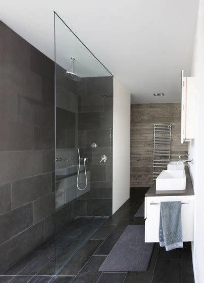 ba o dise o interiores dise 241 o de casa moderna de dos pisos