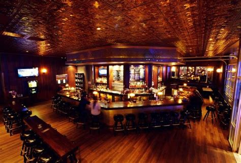 Top 10 Bars In Los Angeles by The 10 Best Whiskey Bars In La Thrillist Los Angeles